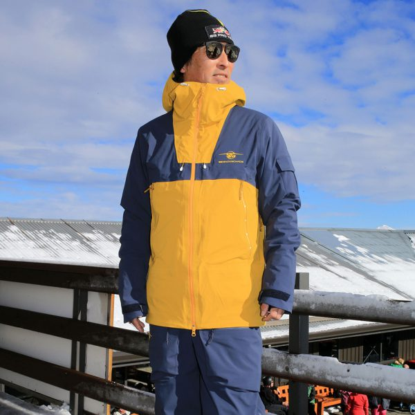 SG Snowboards Webshop - SG SNOWBOARDS 3 Layer Jacket blue/yellow pic by Isamu Kubo11